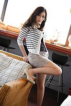 Julia - Picture 3