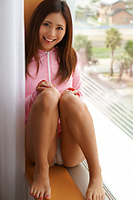 Madoka Hitomi - Picture 2