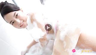 17 Sai no Binetsu sexy Japanese doll is sexy and soapy