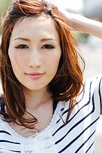 Julia - Picture 2