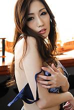 Julia - Picture 8