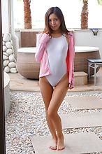 Madoka Hitomi - Picture 13